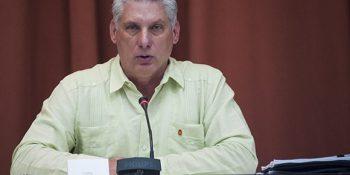 Vicepresidente primero Miguel Díaz-Canel durante los debates en comisiones. Foto: Irene Pérez/ Cubadebate.