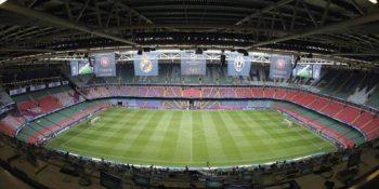 En el Millennium Stadium de Cardiff, se disputa uno de los partidos más esperados de la temporada. Foto: EFE.