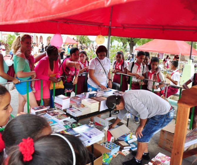 Feria del Libro Isla 2