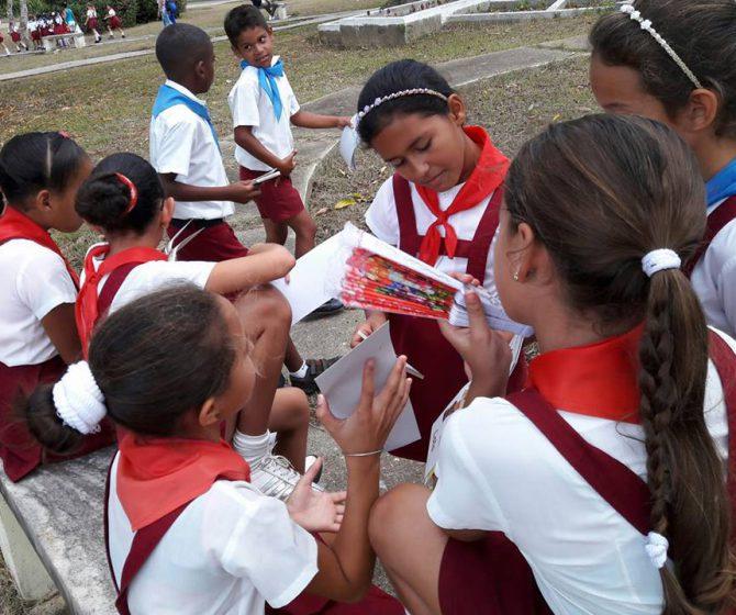 Feria libro en La Fe Marianela foto