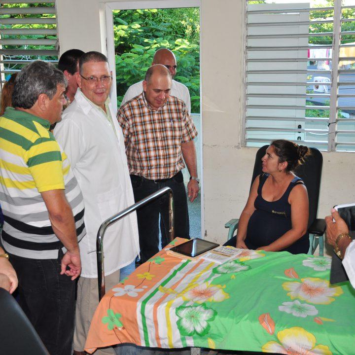vicepresidente de los Consejos de Estado y de Ministros de Cuba (1)