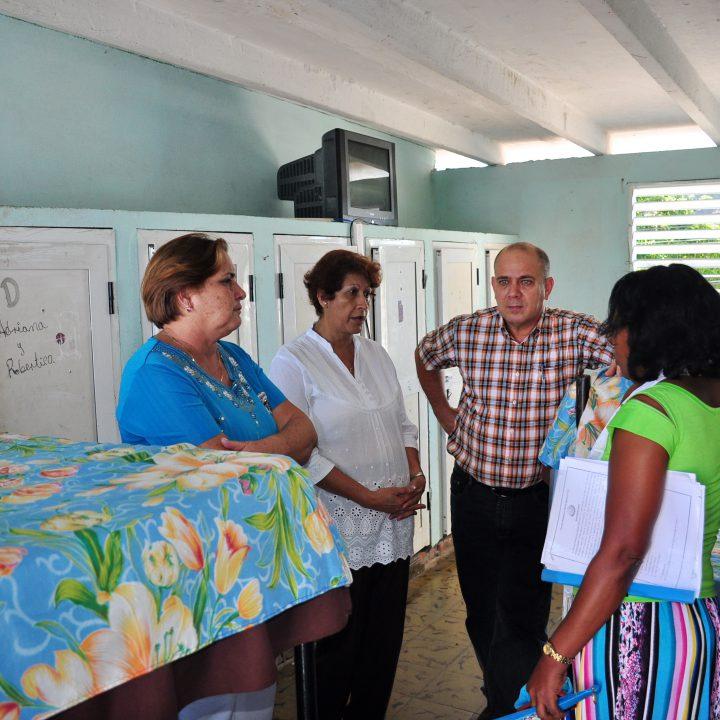 vicepresidente de los Consejos de Estado y de Ministros de Cuba (4)
