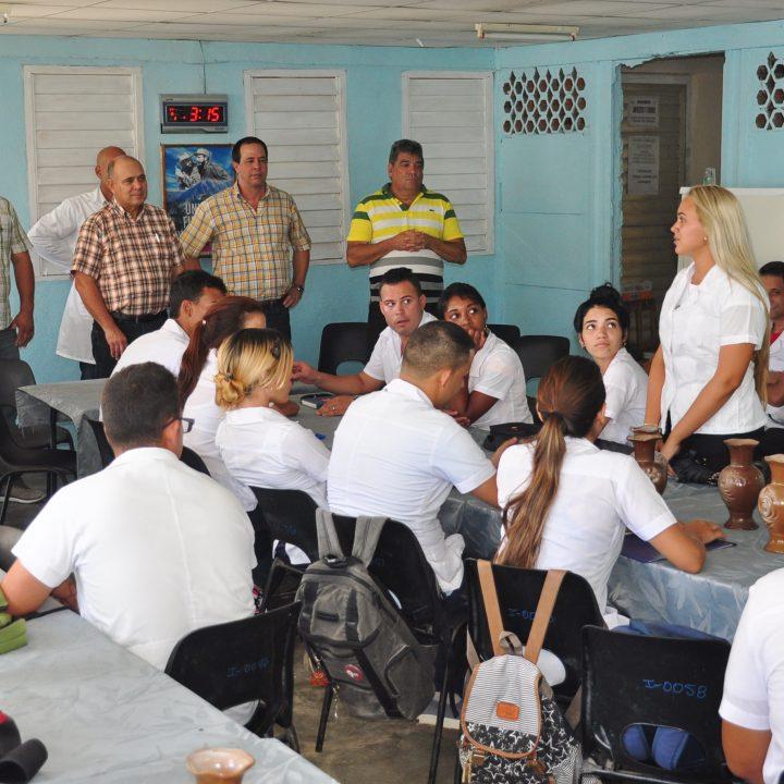 vicepresidente de los Consejos de Estado y de Ministros de Cuba (5)