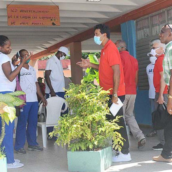 Visita a las intalaciones deportivas Viceprecidente 1ro del Inder.Foto Yoandris Delgado Matos (3)