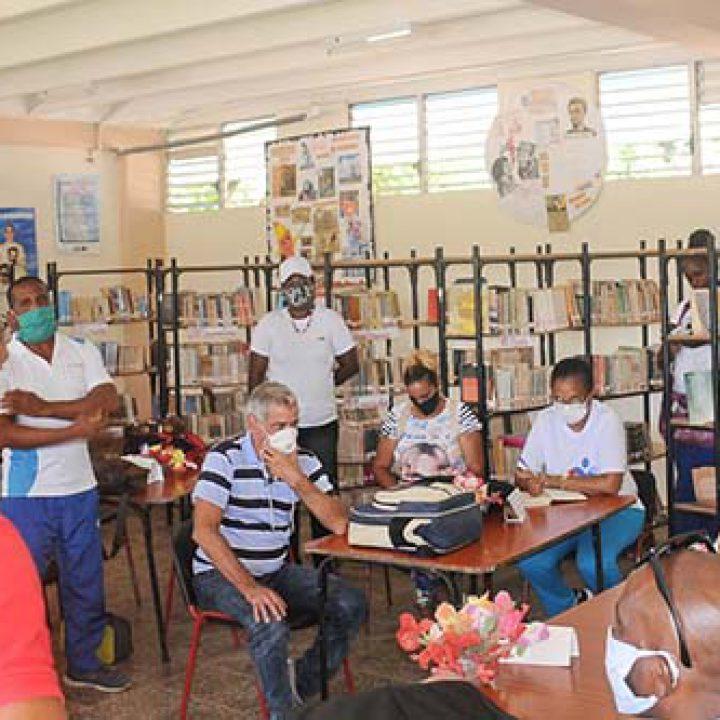 Visita a las intalaciones deportivas Viceprecidente 1ro del Inder.Foto Yoandris Delgado Matos (4)
