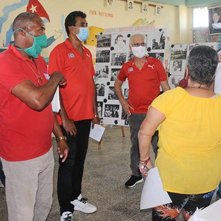 Visita a las intalaciones deportivas Viceprecidente 1ro del Inder.Foto Yoandris Delgado Matos (5)
