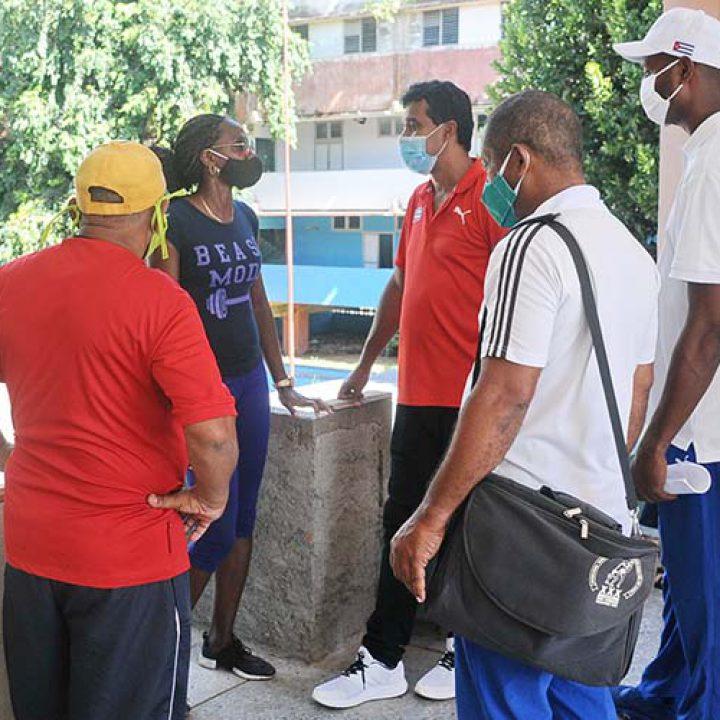 Visita a las intalaciones deportivas Viceprecidente 1ro del Inder.Foto Yoandris Delgado Matos (6)