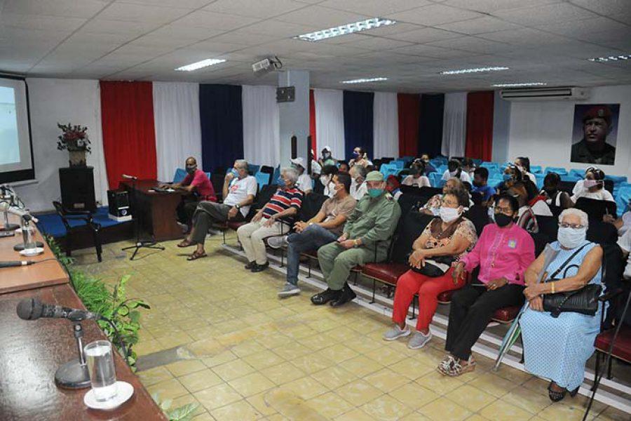 Encuentro e intercambio de la UJC con la generación del 60.Foto Yoandris Delgado Matos (5)