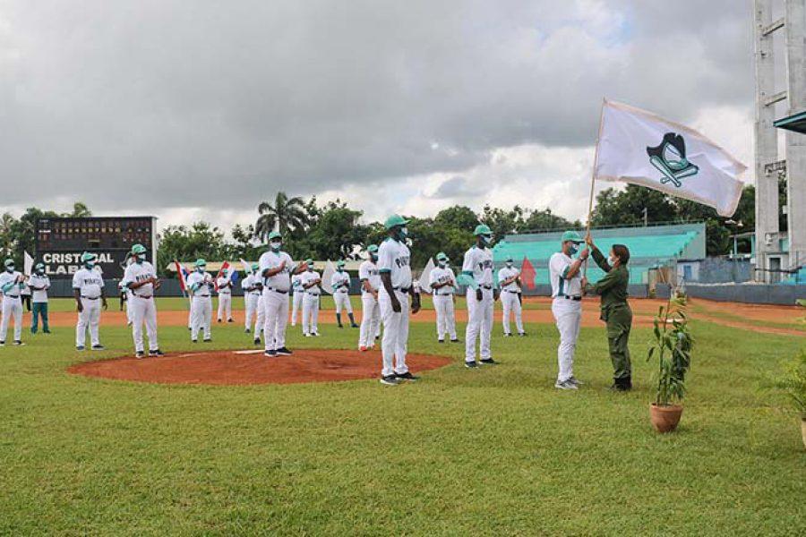 Abanderamiento equipo de béisbol IJ.Fotos Yoandris Delgado Matos (33)