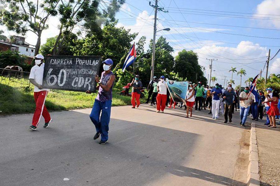 Marcha del INDER por el aniversario de los CDR.Fotos Yoandris Delgado Matos (1)