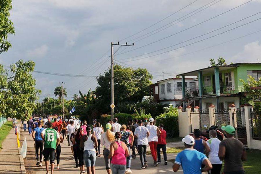 Marcha del INDER por el aniversario de los CDR.Fotos Yoandris Delgado Matos (4)