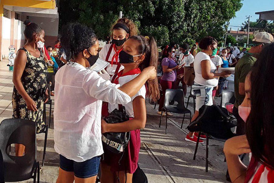Graduaciones en tiempo de covid.Fotos Yoandris Delgado Matos (2)
