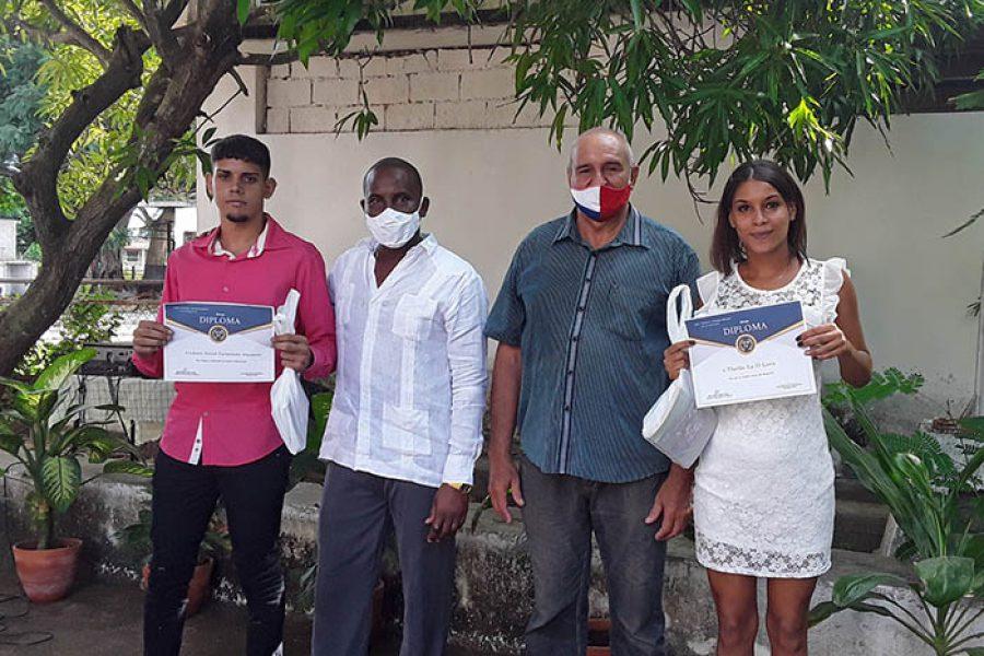 Graduaciones en tiempo de covid.Fotos Yoandris Delgado Matos (8)