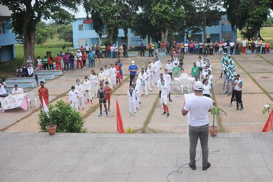 Gala inicio de jornada por el día de la Cultura Física. Fotos Yoandris Delgado Matos (8)