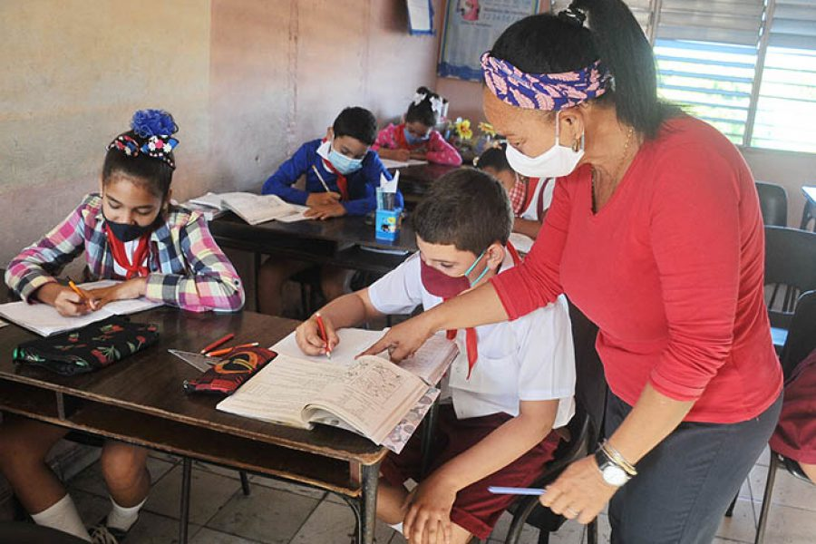 Día del educador.Fotos Yoandris Delgado Matos (4)