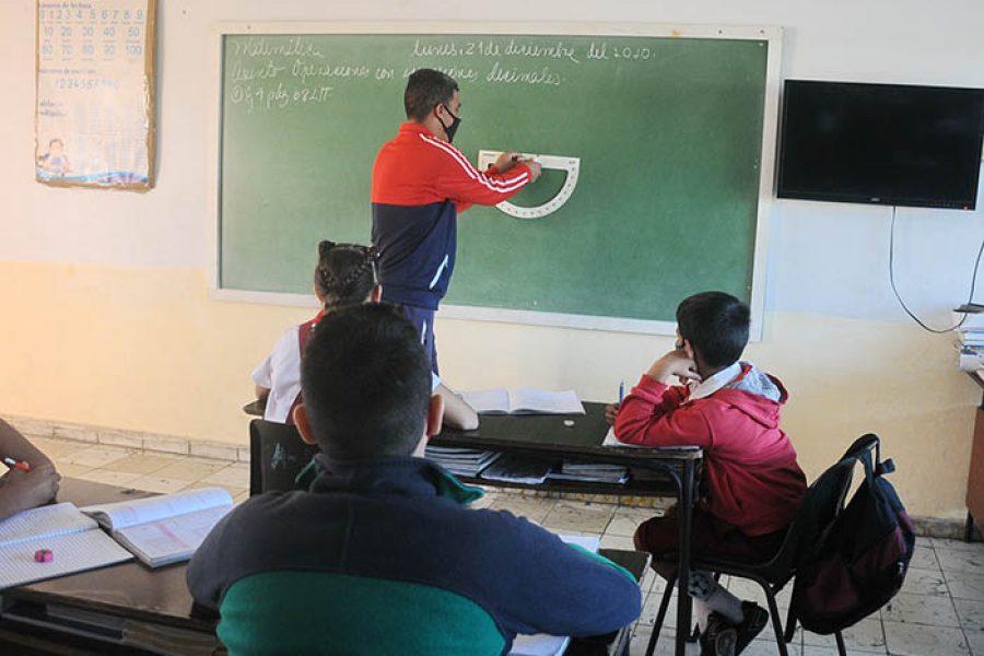 Día del educador.Fotos Yoandris Delgado Matos (5)