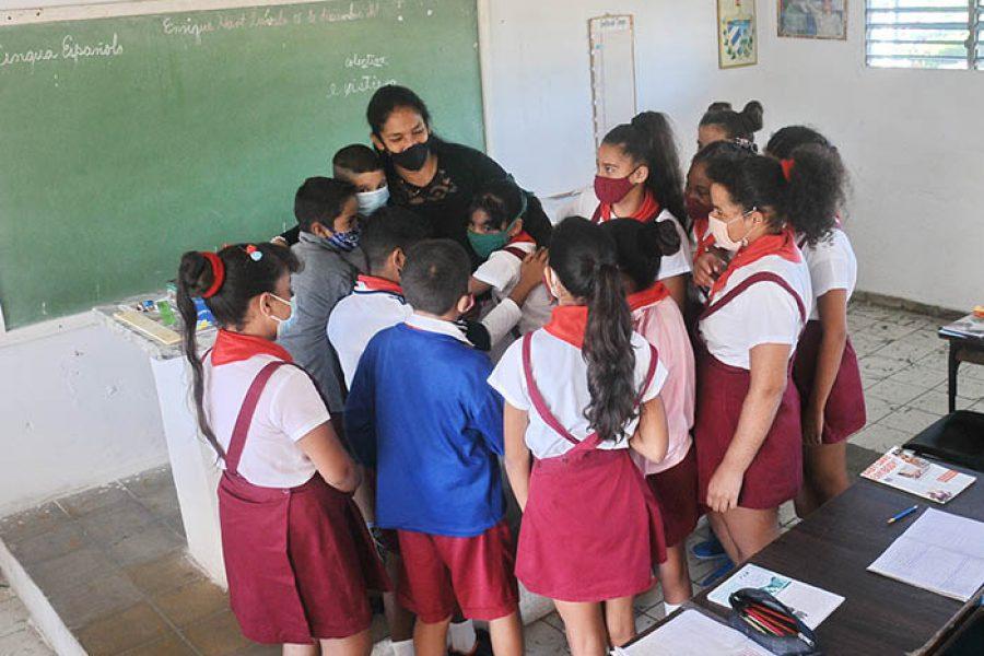 Día del educador.Fotos Yoandris Delgado Matos (6)