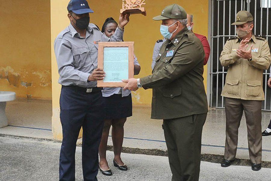 POLICÍA 62 ANIV FOTO 3