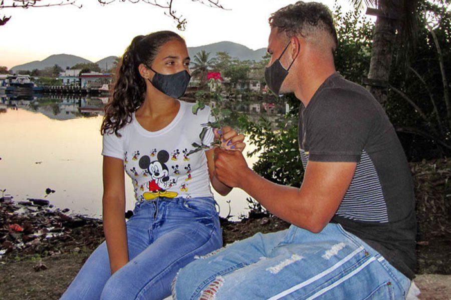 Día del amor en tiempo de covid.Fotos Yoandris Delgado Matos (4)
