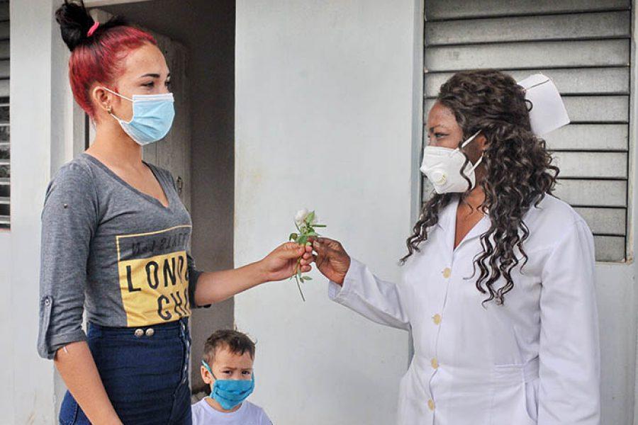 Día del amor en tiempo de covid.Fotos Yoandris Delgado Matos (5)