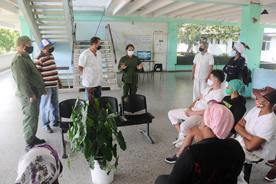 Recorrido del CDM por centros de aislamiento y zonas en cuarentena, fotos Yesmanis Vega Ávalos_2