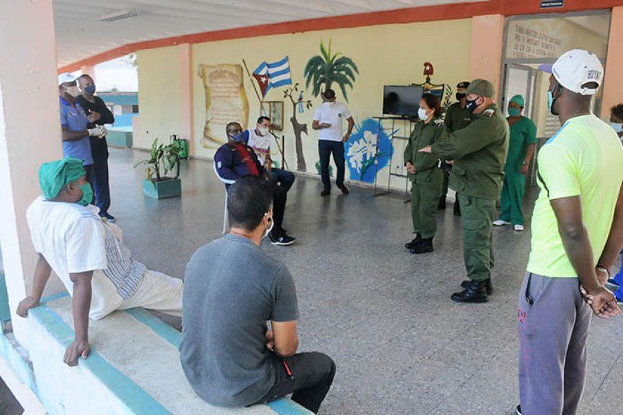 Recorrido del CDM por centros de aislamiento y zonas en cuarentena, fotos Yesmanis Vega Ávalos_7