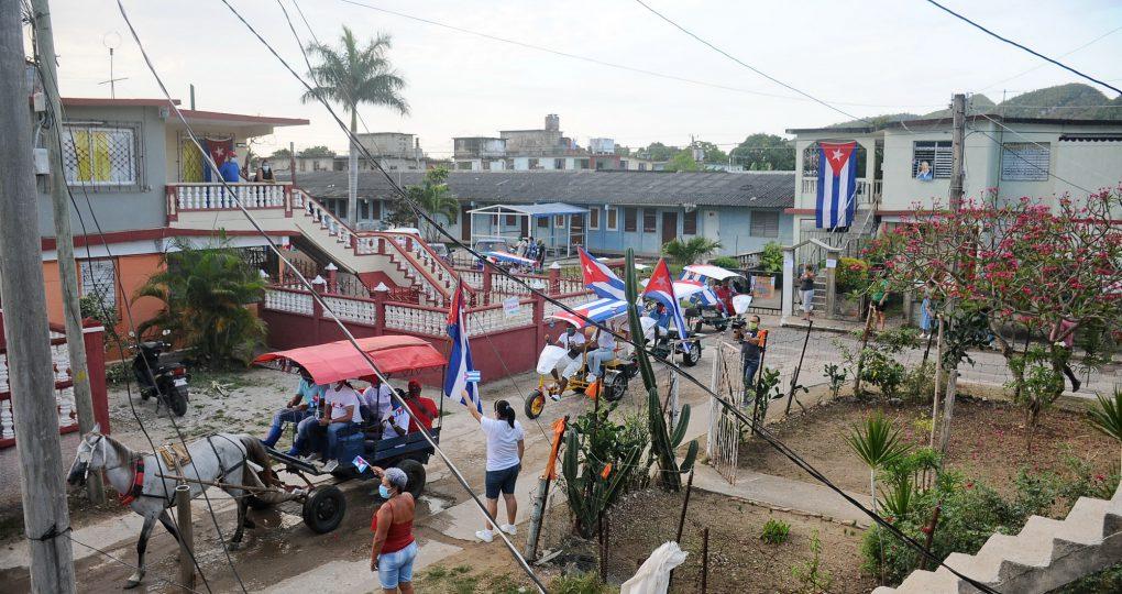 Carabana por el 1ro de Mayo, fotos Yesmanis Vega Ávalos_06