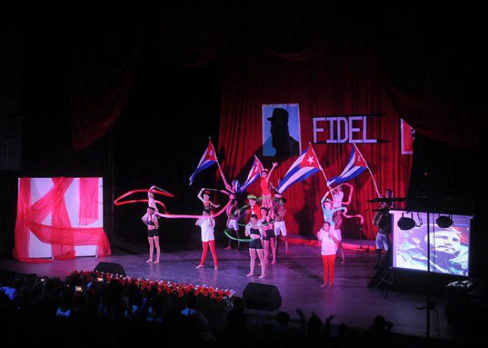 Gala por el 95 nv del natalicio de Fidel, fotos Yesmanis Vega Àvalos_8