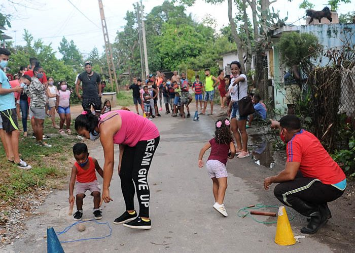Actividades para los niños en víspera del aniversario 61 de los CDR.Fotos Yoandris Delgado Matos (11)