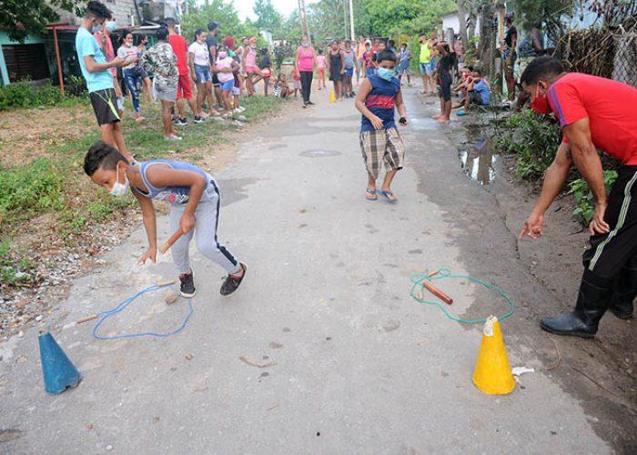 Actividades para los niños en víspera del aniversario 61 de los CDR.Fotos Yoandris Delgado Matos (12)