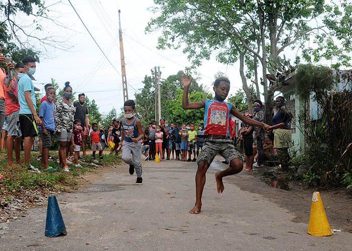 Actividades para los niños en víspera del aniversario 61 de los CDR.Fotos Yoandris Delgado Matos (9)